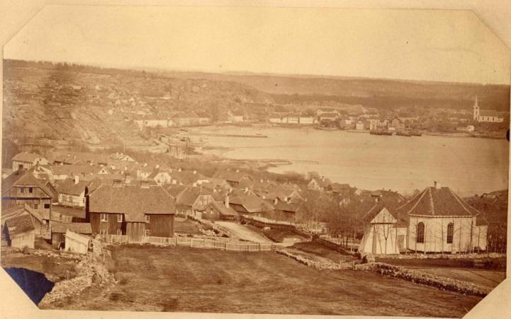 Panorama Larviku około 1865 roku