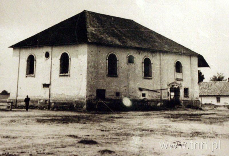 http://biblioteka.teatrnn.pl/dlibra/Content/19348/200903271414040.0020.012.jpg