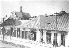 Rynek z widokiem na kościół Św. Mikołaja