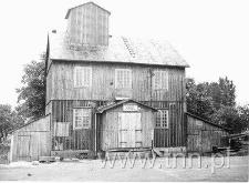 Drewniany, przedwojenny młyn w Hrubieszowie