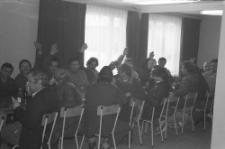 Działacze i pracownicy Transbud Lublin podczas spotkania wyborczego