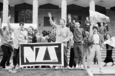 Demonstracja NZS pod Gmachem Głównym KUL