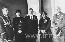 Generał Smorawiński i płk. Szala w sali DOK II