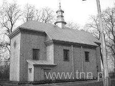 Kościółek pw. Zmartwychwstania Pańskiego w Bezwoli po odbudowie w 2002 r.