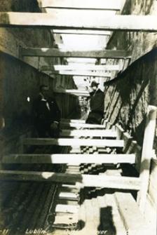 Kontrola prac nad kanalizacją miejską - październik 1925 rok