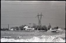 Spacer po umocnieniach brzegu Zalewu Zemborzyckiego