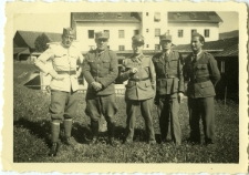 Waks Abram Mojżesz (first on the right) with the officers commander in Zurich Zwitzerland
