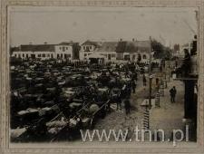 Panorama Rynku kockiego w dzień targowy