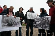 Uczestnicy seminarium podczas postoju w miejscowości Wieś Treblinka