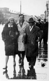 Józef Czechowicz z Bronisławą Kołodyńską i Kazimierzem Miernowskim