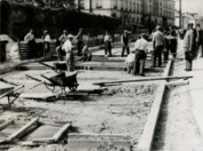 Przebudowa ulicy Spokojnej w Lublinie - betonowanie jezdni