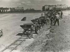 Roboty ziemne pod projektowaną betoniarnię - niwelacja terenu