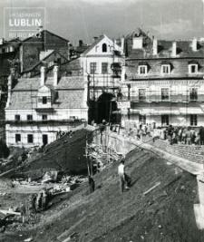 Remont skarpy i budowa budynków mieszkalnych przylegających do Bramy Grodzkiej od północy