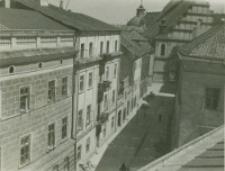 Perspektywa ulicy Złotej z widokiem na kościół Dominikanów