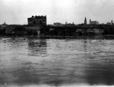 Ulica Boczna Rusałka w czasie powodzi w Lublinie w 1947 roku. Fotografia