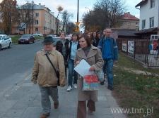 Przejście w kierunku miejsca na Majdanie Tatarskim, które w 1942 roku zostało objęte granicami getta