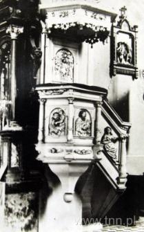 Ambona w kościele parafilanym w Turobinie