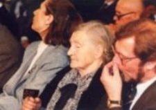 """Weronika Choma. The ceremony of awarding the medal """"Righteous Among the Nations"""", Lublin 1995."""