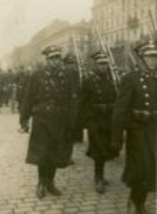 A parade. Ludwik Golecki as an officer. Thirties 20. centhury
