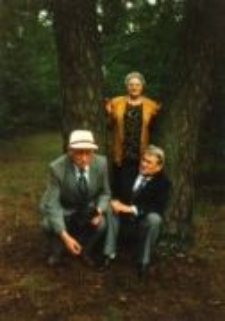 Maria and Jan Szmulewicz, Tadeusz Stankiewicz, Śródborów near Otwock, 2000.