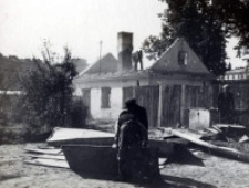 Rozbiórka domu strzeleckiego - w czasie rozbiórki