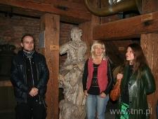 """Pracownicy Ośrodka """"Brama Grodzka - Teatr NN"""" podczas uroczystości Misterium Dzwonu AD 2008"""