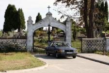 Wojsławice, parish cemetery