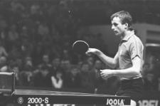 Andrzej Grubba w czasie międzynarodowego meczu tenisa stołowego w Lublinie