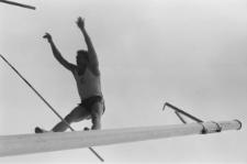 Międzynarodowe zawody sportowe na stadionie miejskim w Lublinie - Władysław Kozakiewicz podczas skoku o tyczce